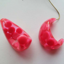 Large chunky Resin Hoop. Pink dot. 1pr. 25mm x 18mm
